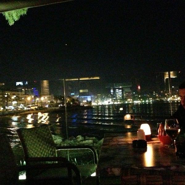 3/28/2013 tarihinde Can K.ziyaretçi tarafından Cafe Marin'de çekilen fotoğraf