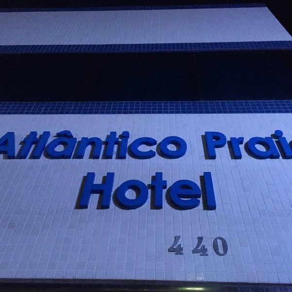 Foto tirada no(a) Atlântico Praia Hotel por Luiz Alberto T. em 2/7/2018
