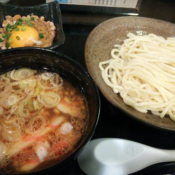 Photo taken at 三ツ矢堂製麺 下北沢店 by 想季 水. on 12/29/2013