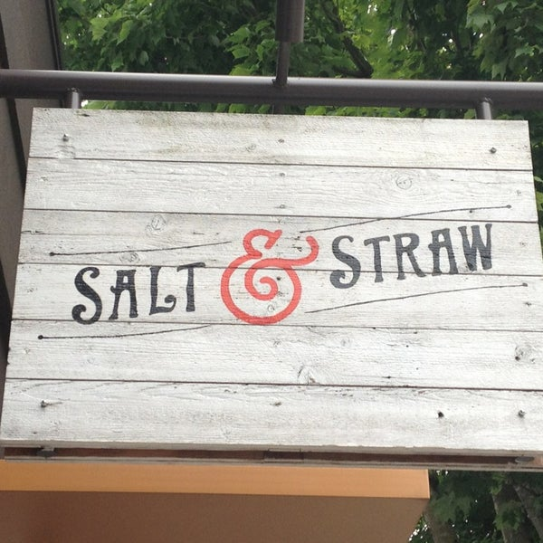 Снимок сделан в Salt & Straw пользователем Travis G. 6/16/2013