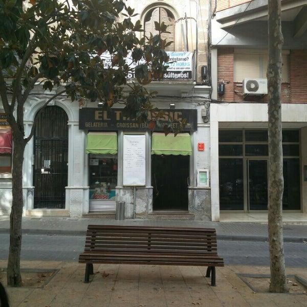 Foto tomada en Cafè el Trifàssic por Beatriz Z. el 6/12/2016