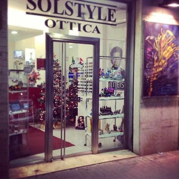 Foto scattata a Ottica Solstyle da Tommaso I. il 12/16/2013