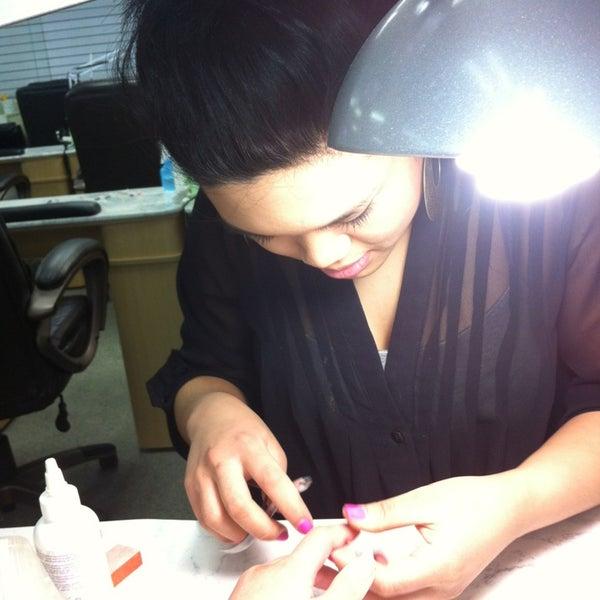 J J Nails - Cosmetics Shop in Toledo