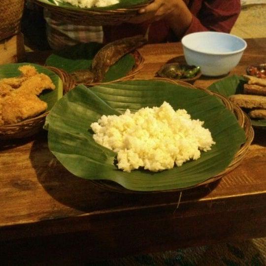 4/11/2013에 Vicky A.님이 Lombok Galak에서 찍은 사진