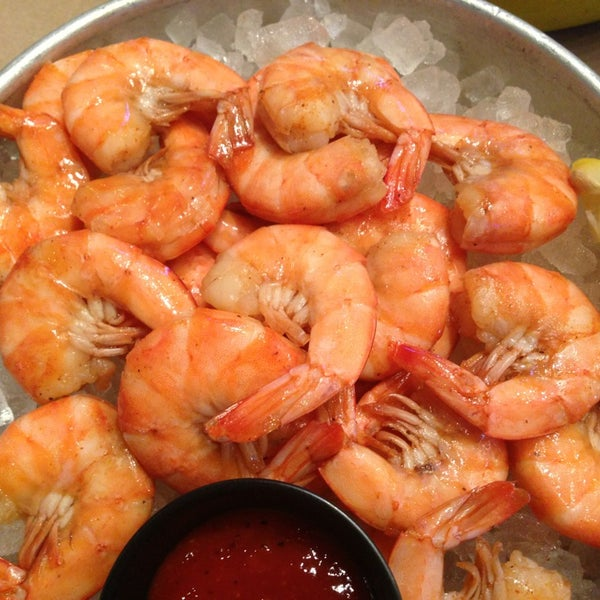 Shuck's Fish House & Oyster Bar - Seafood Restaurant in Omaha