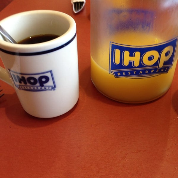 Photo taken at IHOP by JVB O. on 9/22/2013