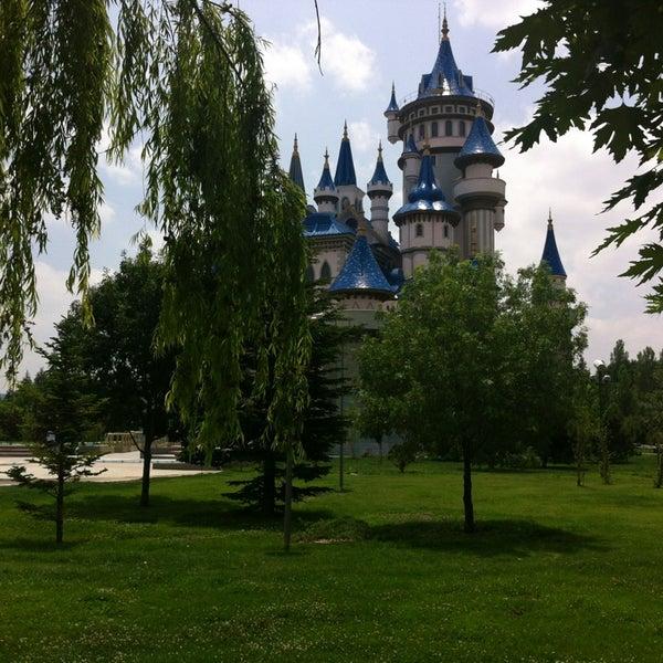 6/29/2013 tarihinde Ümit B.ziyaretçi tarafından Sazova Bilim Kültür ve Sanat Parkı'de çekilen fotoğraf