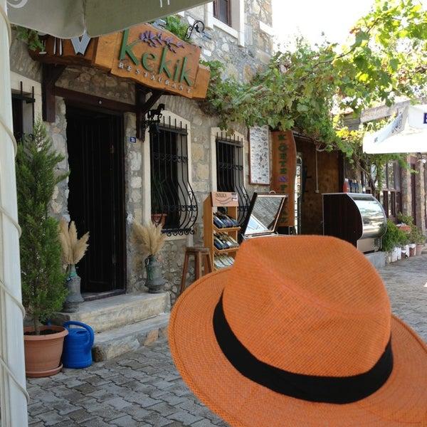 Das Foto wurde bei Kekik Restaurant von İK am 8/3/2013 aufgenommen