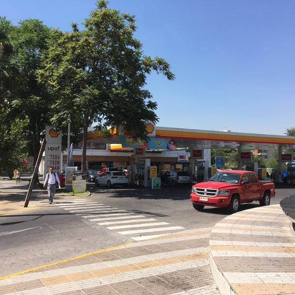 Photo taken at Shell by Claudio H. on 1/13/2017