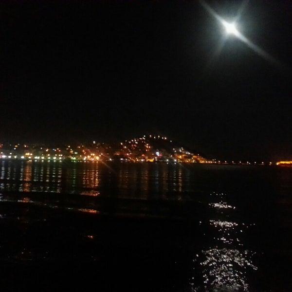4/24/2013 tarihinde Seydi Y.ziyaretçi tarafından Cafe Marin'de çekilen fotoğraf