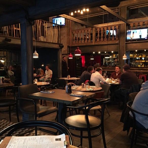 Photo taken at Haggis Pub & Kitchen by Анна Ф. on 11/4/2014