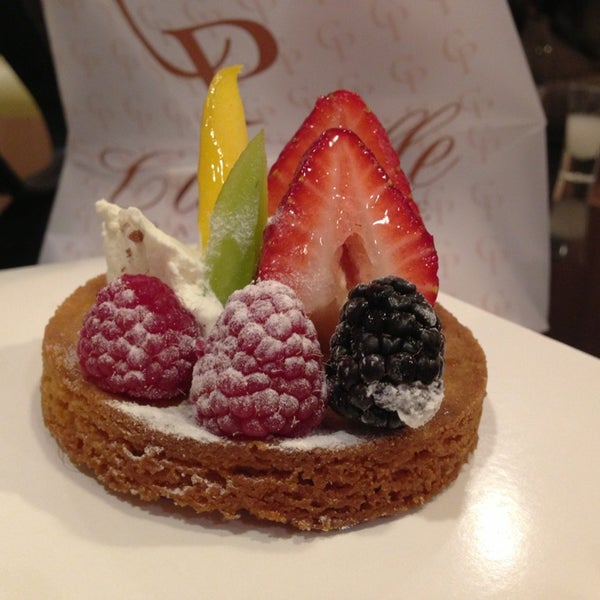 Photo taken at Cannelle Patisserie by Restaurant Fairy on 4/1/2013