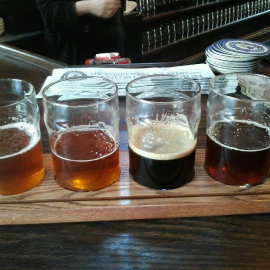 Photo taken at Obed & Isaac's Microbrewery and Eatery by Josh S. on 12/29/2012
