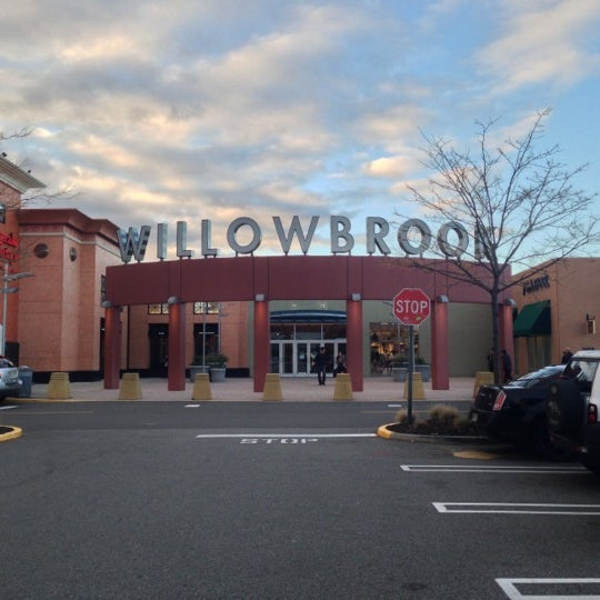 See All Stores & Restaurants Best Shopping in Houston Houston is home to Willowbrook Mall, where you'll find all your favorite retailers alongside specialty stores and popular ganjamoney.tkon: Willowbrook Mall, Houston, , TX.