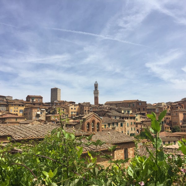 Photo taken at Siena by Kahani on 6/10/2017