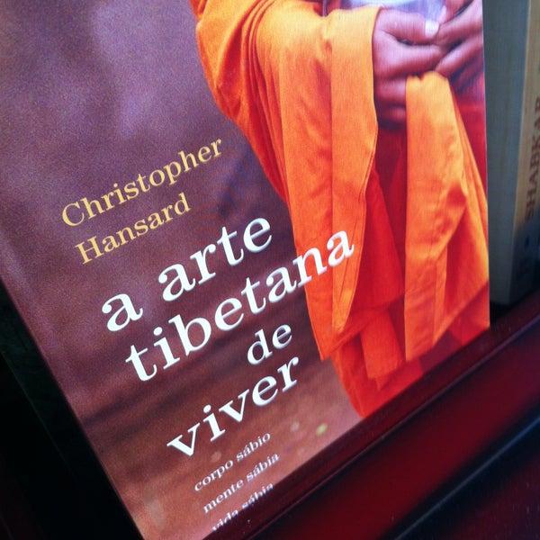 Das Foto wurde bei Os Tibetanos von Hugo G. am 5/21/2013 aufgenommen