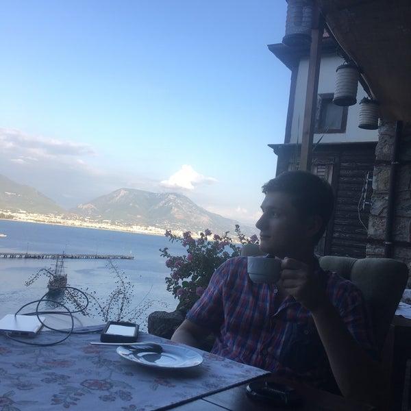9/25/2017 tarihinde Maxim V.ziyaretçi tarafından Centauera Butik Hotel &Cafe'de çekilen fotoğraf
