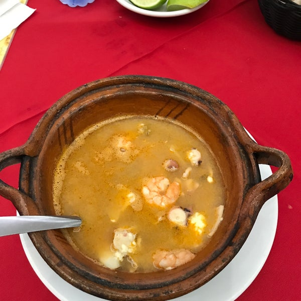 Photo taken at Restaurante Hnos. Hidalgo Carrion by Juan carlos B. on 7/11/2017