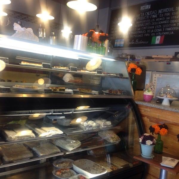 Foto tomada en Panaderia La Victoria por Esteban d. el 11/12/2014