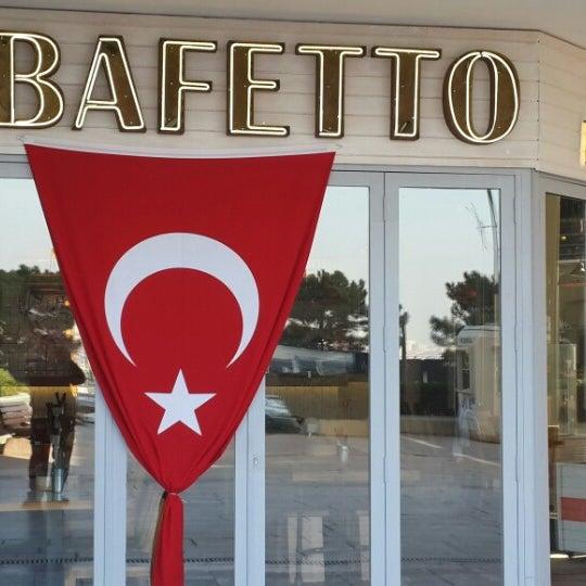 รูปภาพถ่ายที่ Bafetto โดย Tombalah เมื่อ 10/29/2013