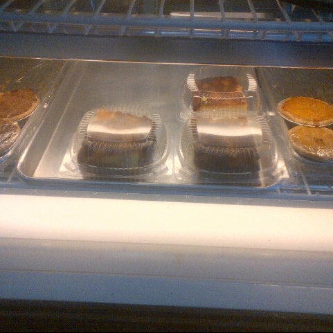 Photo taken at The Avenue Bakery by R M. on 5/25/2013