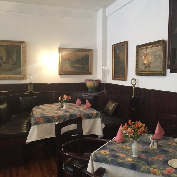 Foto tomada en Vienna Restaurant por Marina C. el 8/12/2018