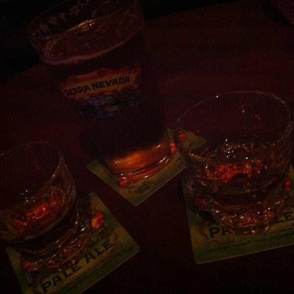 Photo taken at Blarney Stone Bar & Restaurant by Susannah S. on 11/15/2014