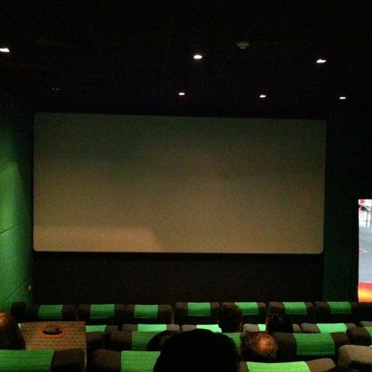 Photo taken at Cinemaximum by Serdar Ü. on 8/28/2011