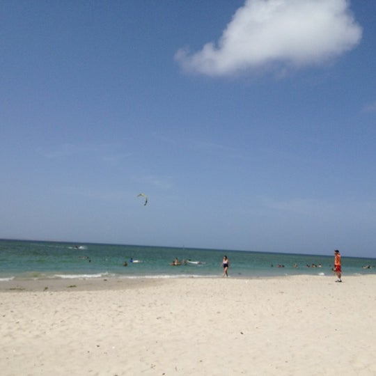 Photo taken at Playa El Yaque by Dorisbeth on 8/5/2012