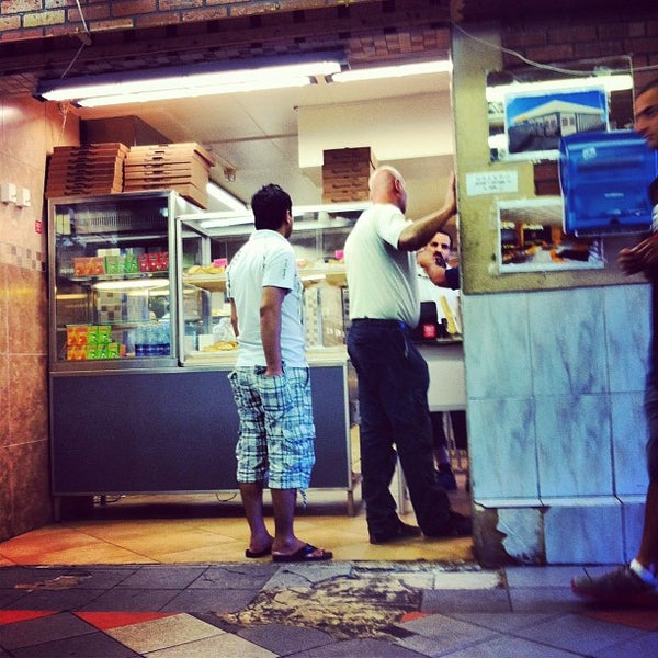 Photo Taken At Kitchen Kings By Damir S. On 8/17/2012