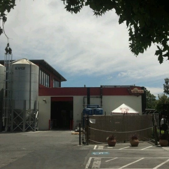 Photo taken at Lagunitas Brewing Company by Tom R. on 7/26/2012