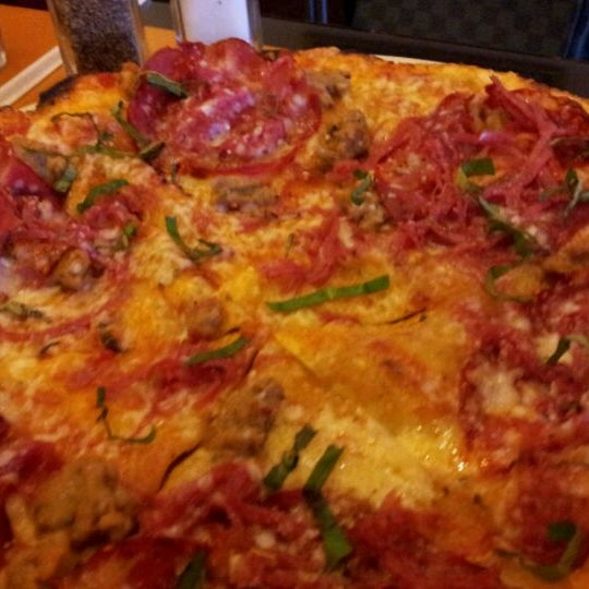 Photo taken at California Pizza Kitchen by Mervin D. on 9/25/2011