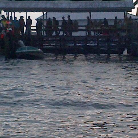 Photo taken at Pelabuhan speedboat kampung baru by Firly M. on 7/8/2012