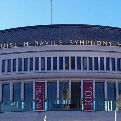 Photo taken at Louise M. Davies Symphony Hall by LeoArtLove 🗺 A. on 1/14/2012