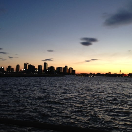 Das Foto wurde bei Hudson River Park von Mario C. am 4/7/2012 aufgenommen
