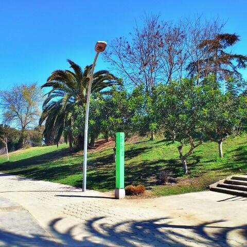 Photo prise au Jardins de Joan Brossa par Sergi N. le3/18/2012