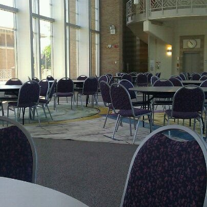 The Great Hall between St. John's Hall and Founder's Hall is the perfect place to study. Always quiet and deserted!