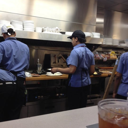 Photo taken at Waffle House by Jeongseok L. on 3/16/2012