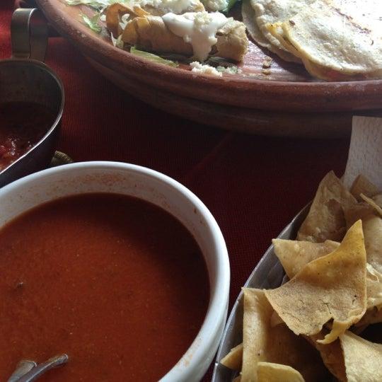 Foto tomada en El Patio por John V. el 6/13/2012