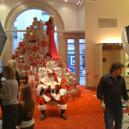 Photo taken at Neiman Marcus by Curtis H. on 12/3/2011