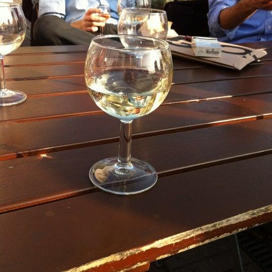 Photo prise au Café Bota par Amaury L. le3/23/2012