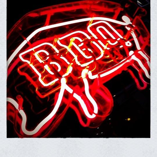 รูปภาพถ่ายที่ Bodean's โดย Joeri M. เมื่อ 5/26/2011