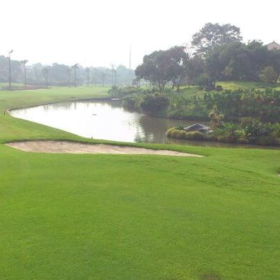 7/7/2012 tarihinde Oka S.ziyaretçi tarafından Pondok Indah Golf & Country Club'de çekilen fotoğraf