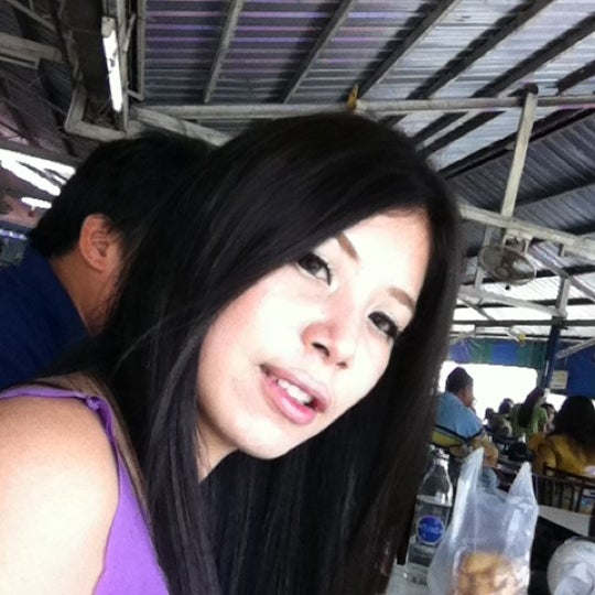 Photo taken at Issaranggul carcare by ayui a. on 3/22/2011