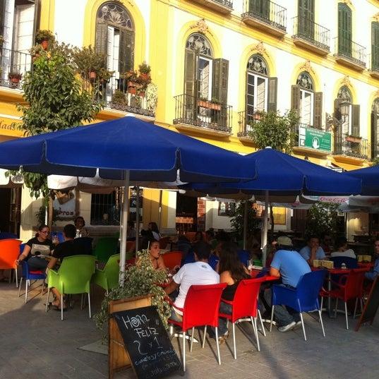 9/27/2011 tarihinde Chantal A.ziyaretçi tarafından Café con Libros'de çekilen fotoğraf