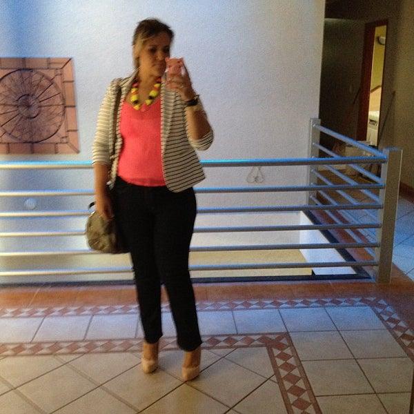 Foto tirada no(a) Jp Palace Hotel por Karla S. em 9/6/2012