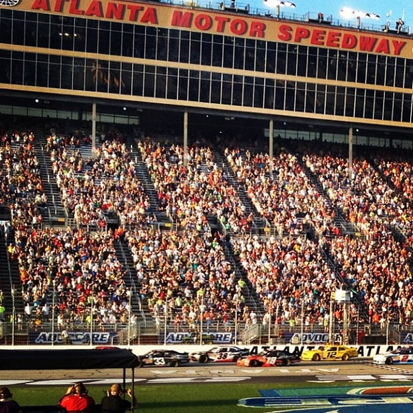 Local places for Atlanta motor speedway hotels