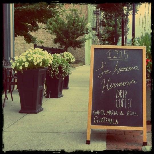 Photo taken at 1215 Wine Bar & Coffee Lab by 5chw4r7z on 6/27/2012