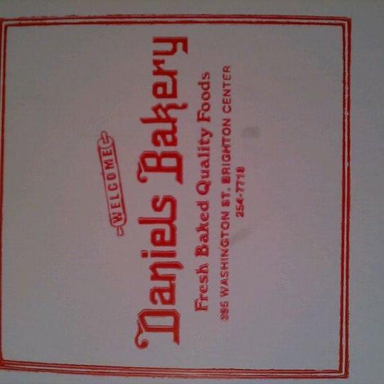 Foto tirada no(a) Daniel's Bakery por Nile U. em 5/4/2012