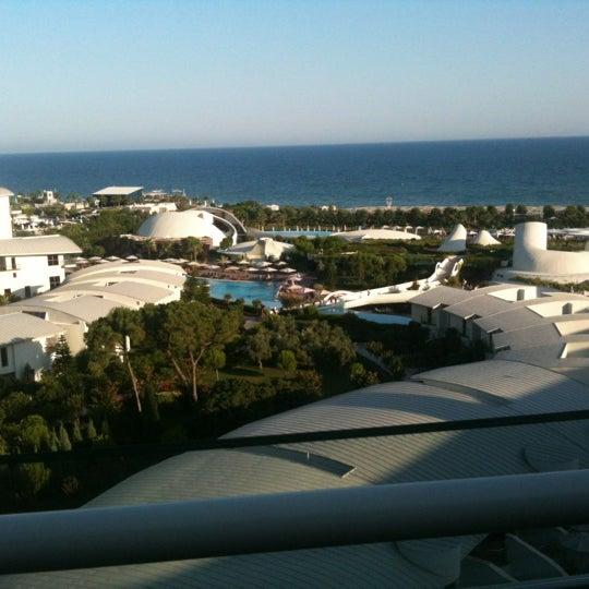 6/30/2012 tarihinde Betulziyaretçi tarafından Cornelia Diamond Golf Resort & Spa'de çekilen fotoğraf